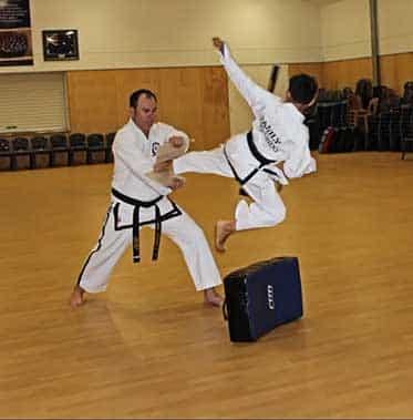 ELEEBANA CENTRE Family Taekwondo - Lambton, NSW